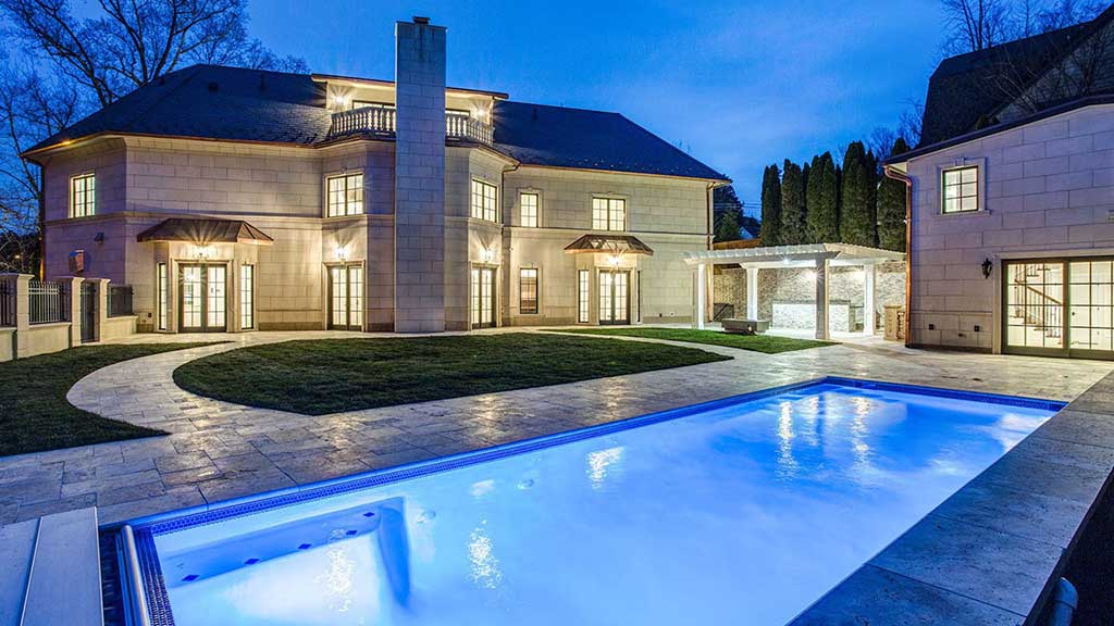 Modern Mansion In Washington D C
